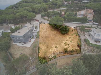 1,017 m² plot for sale in Vallromanes, Maresme