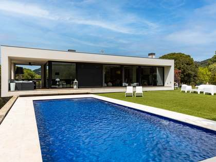 390m² House / Villa for sale in Alella, Barcelona
