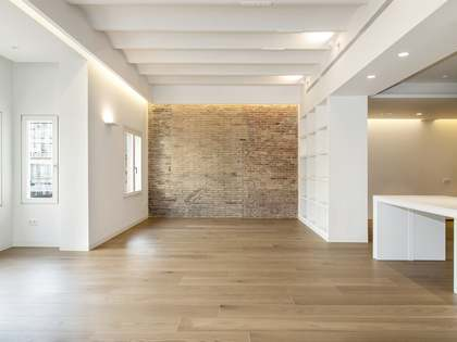 Newly renovated apartment for sale on Passeig de Gracia