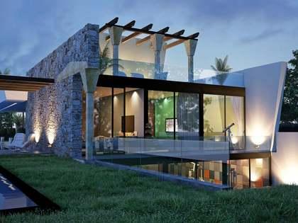 在 新安达卢西亚, 安达卢西亚 380m² 出售 豪宅/别墅 包括 花园 1,000m²