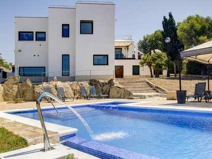 Casa / Villa de 522m² en venta en Torredembarra, Tarragona
