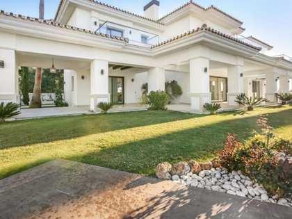 1,200m² hus/villa med 1,600m² Trädgård till salu i Golden Mile