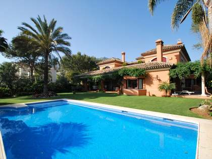 5-bedroom villa for sale in Altos Reales, Marbella
