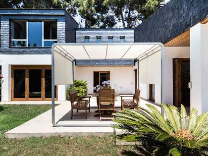 Renovated villa for sale in Santa Barbara, Valencia