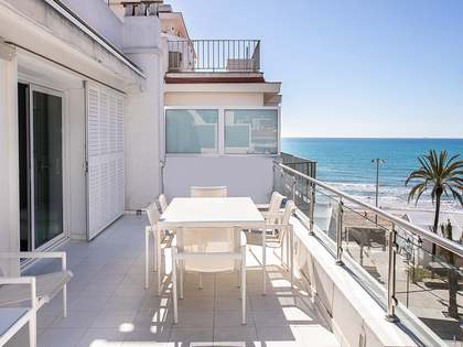 50m² Penthouse with 25m² terrace for sale in Sitges Town