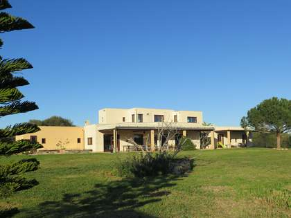 452m² Country house for sale in Menorca, Spain