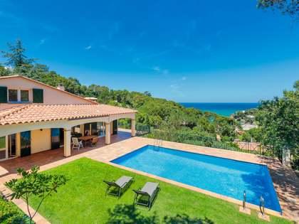 Дом / Вилла 341m² на продажу в Са Риера / Са Туна