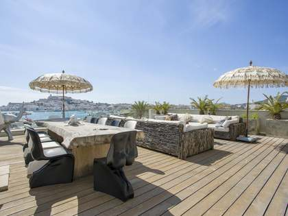 122m² Apartment with 185m² terrace for sale in Ibiza Town