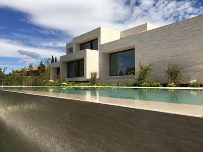 Maison / Villa de 1,000m² a vendre à Pozuelo, Madrid