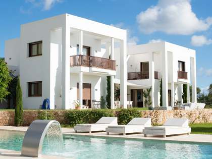 Villa for sale in Santa Eulalia, Ibiza