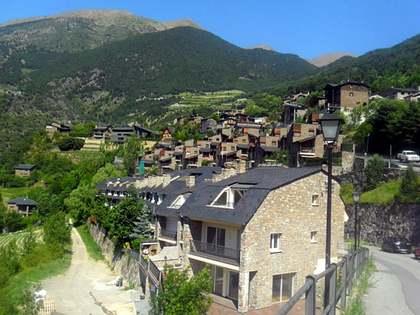 432m² Haus / Villa zum Verkauf in St Julià de Lòria