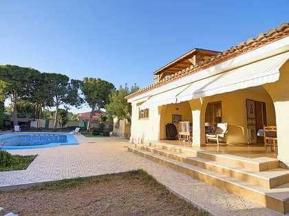 293m² Haus / Villa zum Verkauf in Playa San Juan, Alicante