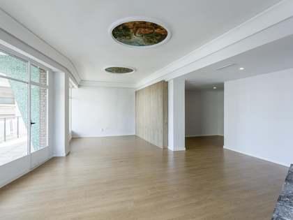 275m² Lägenhet med 21m² terrass till uthyrning i El Pla del Remei
