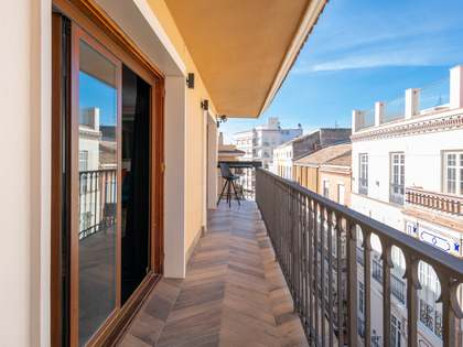 190m² Penthouse for sale in Centro / Malagueta, Málaga