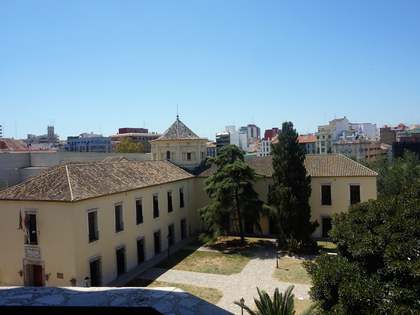 208m² Apartment for rent in El Pilar, Valencia