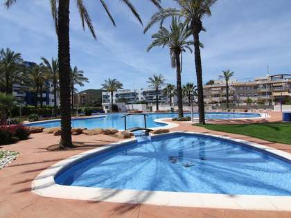 93m² apartment with 90m² garden for sale in Santa Eulalia