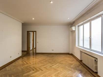 Piso de 106m² en venta en Trafalgar, Madrid
