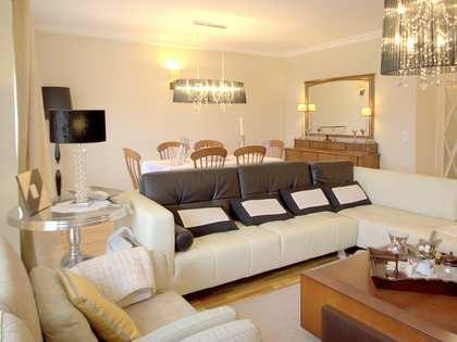 Elegant apartment for sale in Valencia's Eixample district