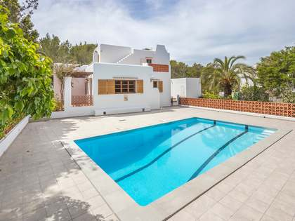 99m² house for sale in Cala Xarraca, Santa Juan