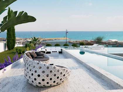633m² House / Villa for sale in Playa San Juan, Alicante
