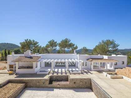 Загородный дом 420m² на продажу в Санта Эулалия и Санта Гертрудис