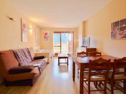 60m² Apartment with 15m² terrace for sale in Grandvalira Ski area