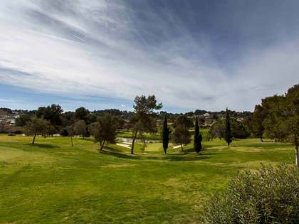 Huis / Villa van 305m² te koop met 200m² Tuin in El Bosque / Chiva