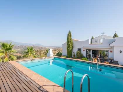 Casa di campagna di 190m² in vendita a East Málaga, Malaga