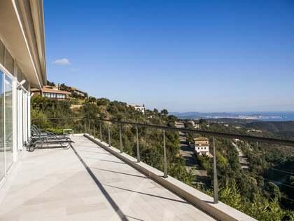 Casa / Villa di 317m² in vendita a Playa de Aro