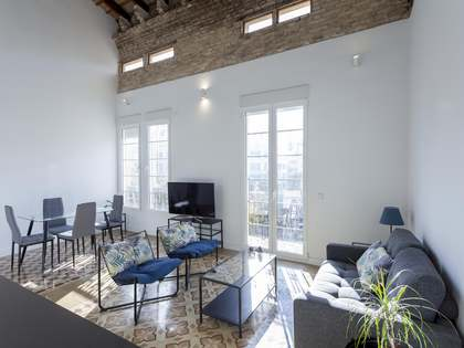 Appartement van 85m² te huur in Gran Vía, Valencia