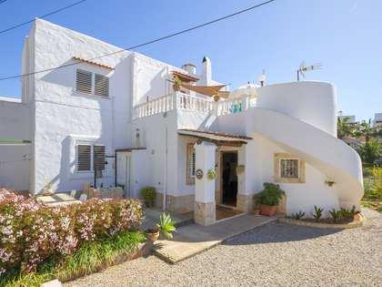 3-bedroom family house for sale near Santa Eulalia, Ibiza
