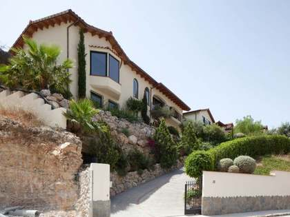5-bedroom house for sale in Sitges hills with views
