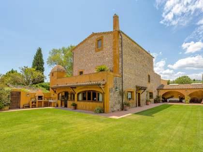 487m² House / Villa for sale in Baix Empordà, Girona