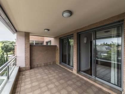 Appartamento di 250m² in vendita a Arturo Soria, Madrid