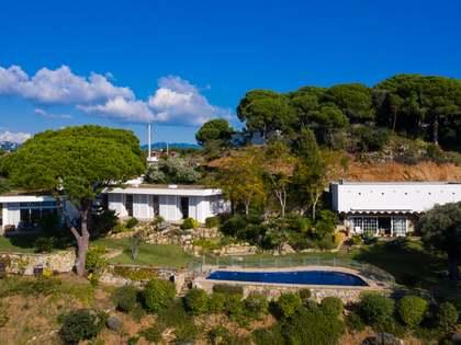 Casa / Villa de 302m² con 3,660m² de jardín en venta en Caldes d'Estrac