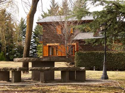 486m² Country house for sale in La Cerdanya, Spain