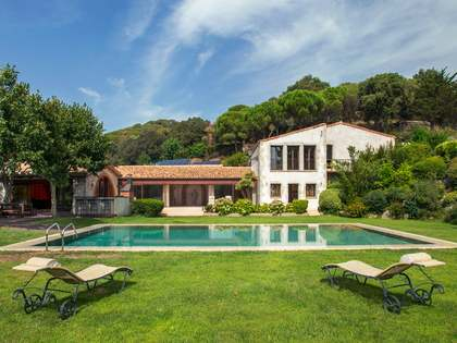 1,200 m² country house for sale in Sant Andreu de Llavaneres