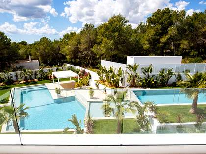 Modern villas for sale close to San Carlos, Ibiza