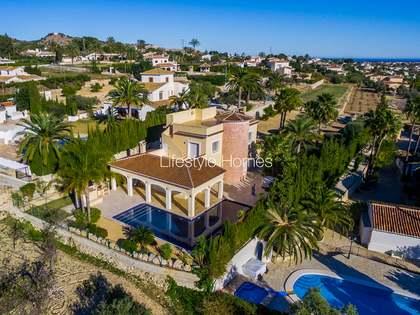 Huis / Villa van 356m² te koop in Jávea, Costa Blanca