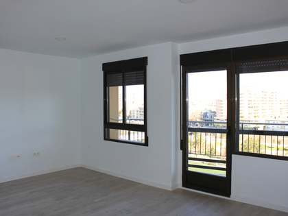 78 m² apartment with 8 m² terrace for rent in La Seu