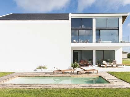 Casa / Vila de 260m² à venda em Pontevedra, Galicia
