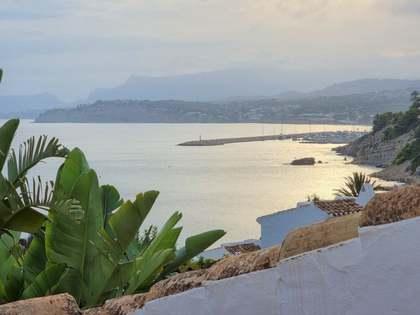 Huis / Villa van 130m² te koop met 40m² terras in Moraira