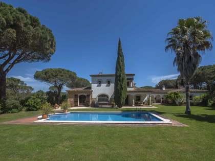 Casa / Vil·la de 435m² en venda a Santa Cristina