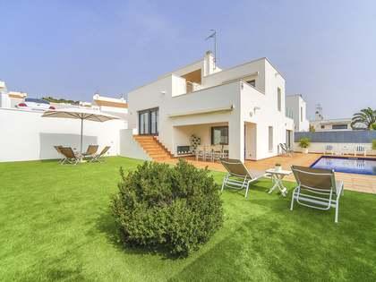 Villa de 211 m² con 290 m² de jardín en venta en Calafell