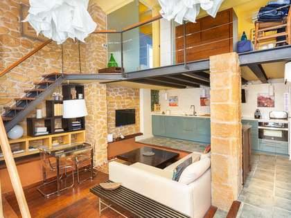 Loft van 48m² te koop met 30m² terras in Eixample Links