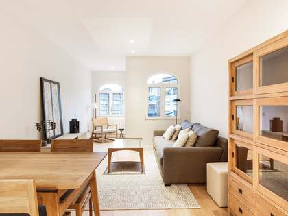 90 m² apartment with a garden for rent in Eixample Right