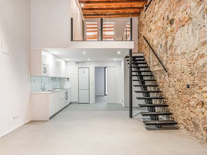 113m² Loft with 13m² terrace for sale in Poblenou
