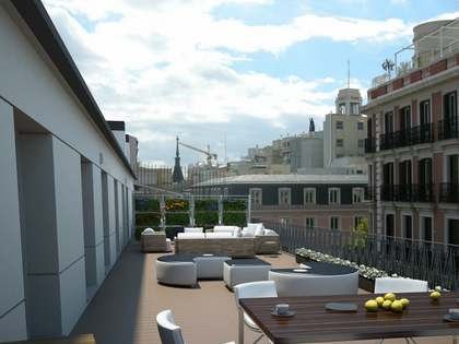 Penthouse in a fully refurnished building for sale in Justicia