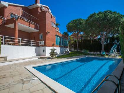 5-bedroom villa for sale in Premia de Dalt, Maresme