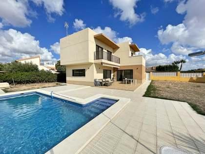 huis / villa van 218m² te koop in Alicante ciudad, Alicante